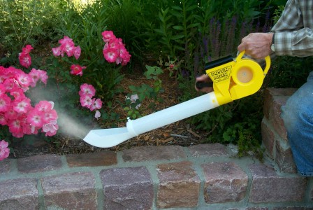 The Dustin-Mizer can spread diatomaceous earth over a larger surface area.  Great for applying DE to plants, trees, and larger areas needing pest control.